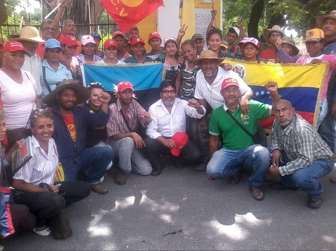 Some political parties allied with the Bolivarian Revolution such as the Venezuelan Communist Party (PCV) and the Tupamaro Party provided logistical support and meetings with party leaders throughout the duration of the march.