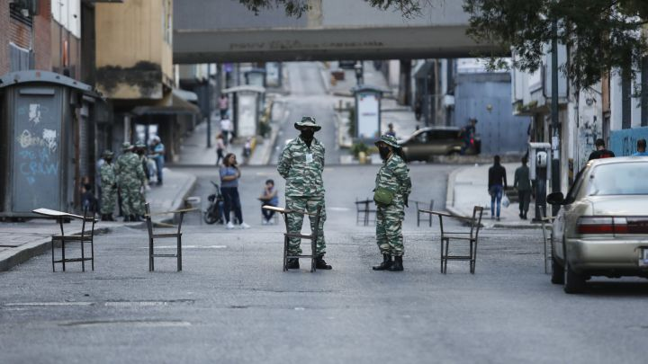 Venezuela has returned to a national lockdown to prevent increasing infection of the Covid-19 virus. (AS)