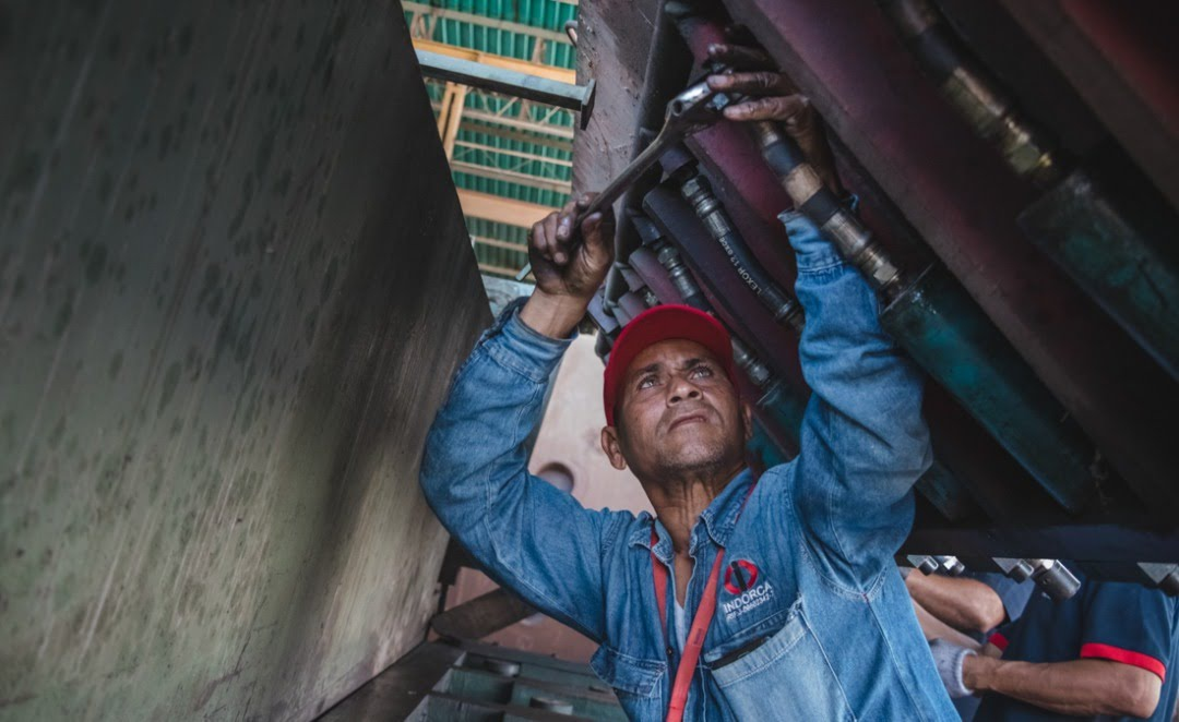 José Cedeño, president of the Workers' Board at Indorca, has participated in all twelve Productive Workers' Battles. Here in the Sixth Productive Workers' Battle in the Ambrosio Plaza Communal Gas plant, Miranda State, January 2018. (Ejército Productivo Obrero)