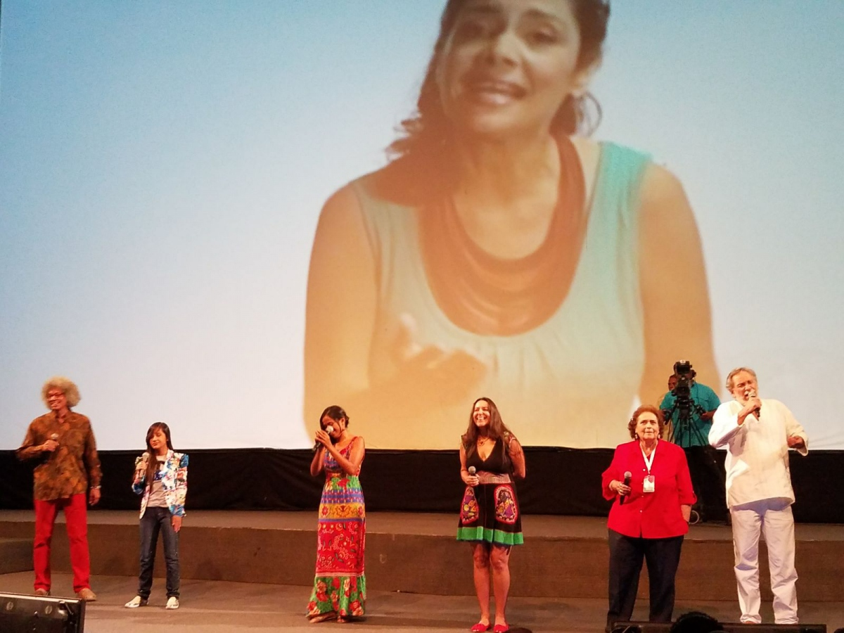 "Venezuelan musical artists perform, ""No to War"""