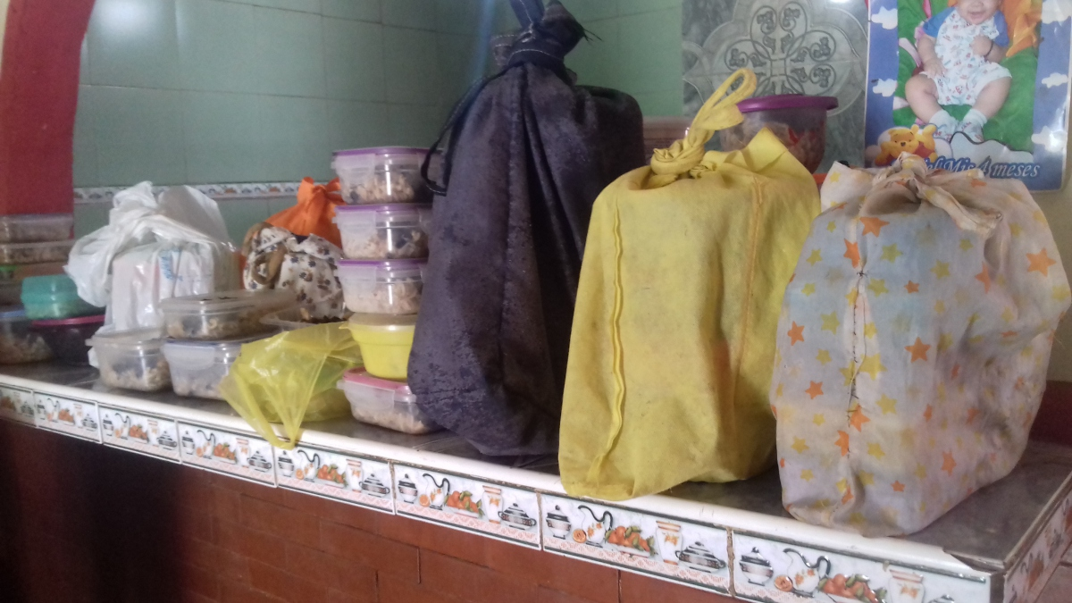 Food packages ready to go. (Ana Felicien)
