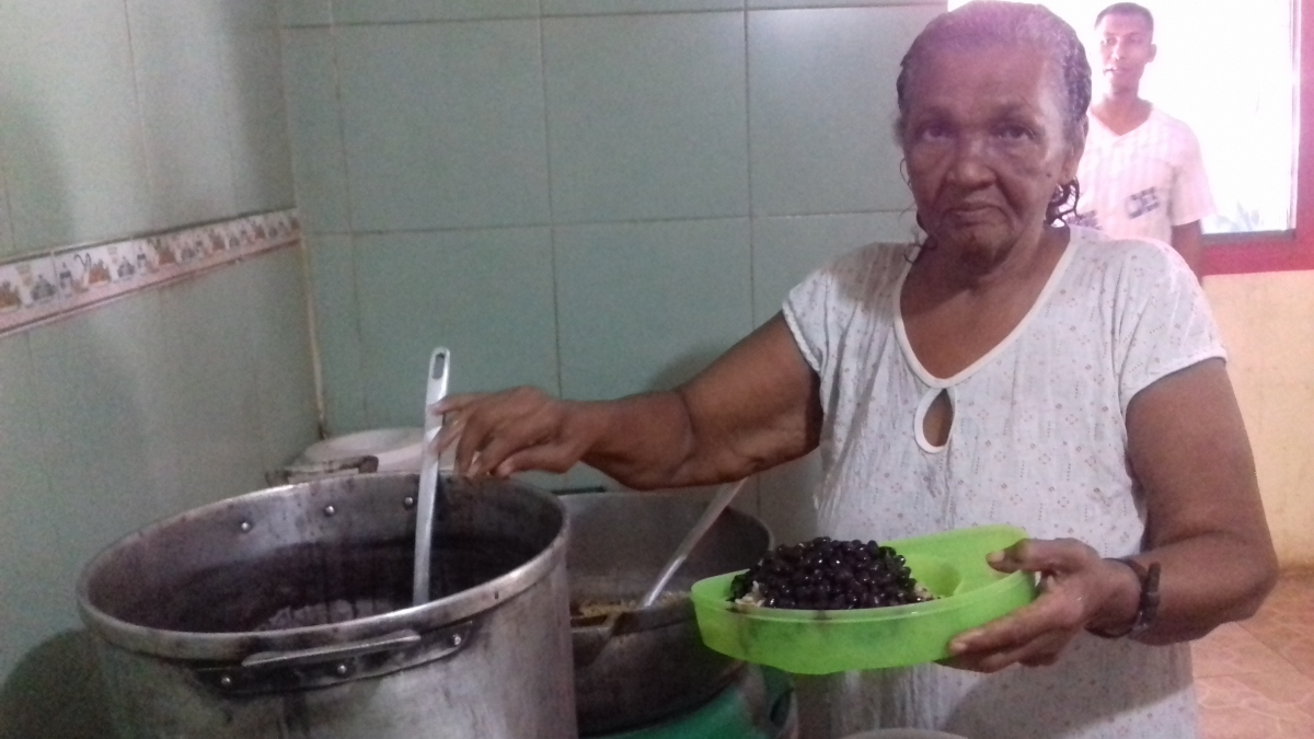 Venezuelan mothers have been leading the charge against hunger in the food houses. (Ana Felicien)