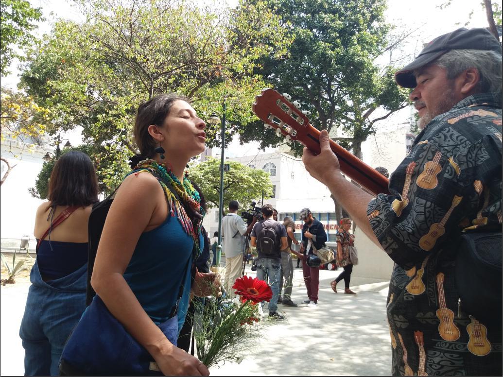 Ariana Moreno (left) called on Venezuelan artists to unite against the coup (Ricardo Vaz)