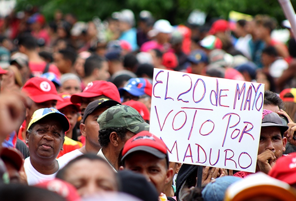 Workers call to vote for Maduro on May 20 (Credit:  Eduardo Viloria Daboín/CBRZ.org)