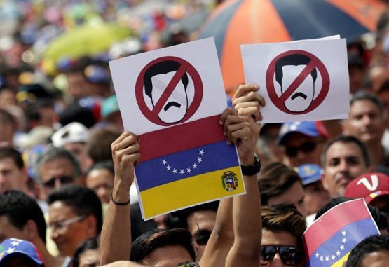 The opponents to the Maduro government are highly fragmented, Bonilla-Molina argues. (Courtesy)