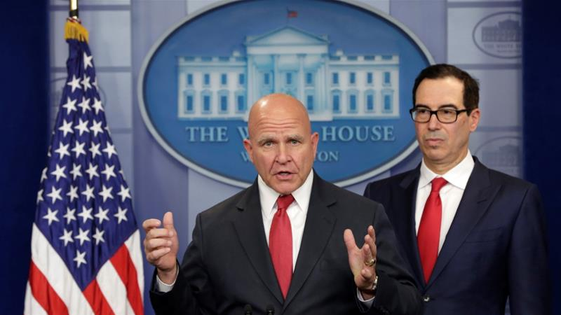 US Treasury Secretary Steve Mnuchin and National Security Adviser HR McMaster announce some of the first sanctions against Venezuela in August 2017 (Yuri Gripas / Reuters)