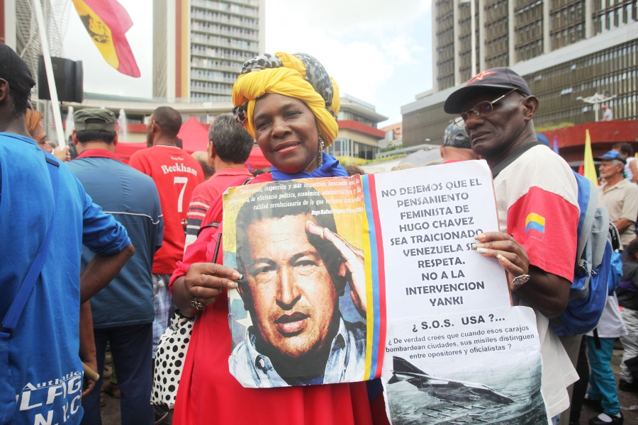 Afro-Venezuelan woman in a march to support President Maduro, June 2016 (Venezuelan Ministry for Women)