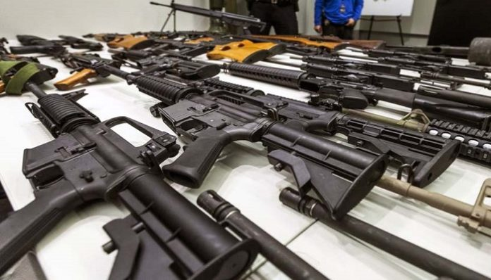 The firearms were confiscated on a cargo plane arriving at Valencia airport from Miami last Tuesday (Lechuguinos.com)