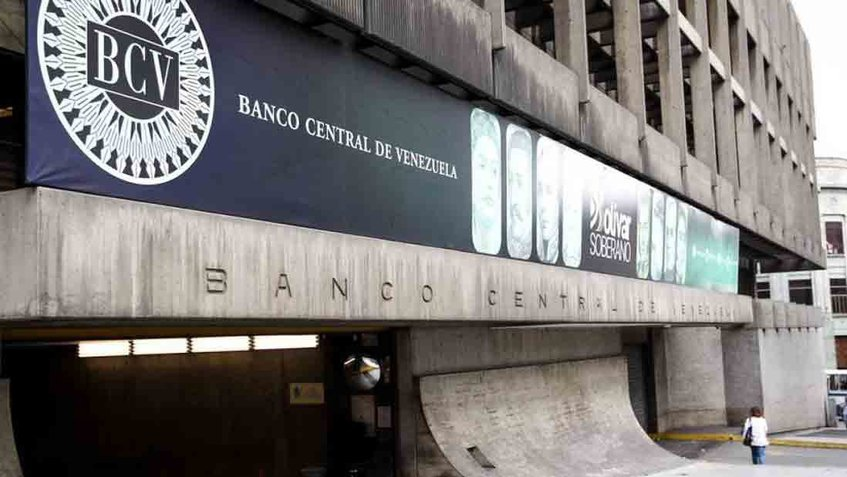 The Venezuelan economy has contracted by over 60 percent since 2014, according to the Central Bank. (Archive)