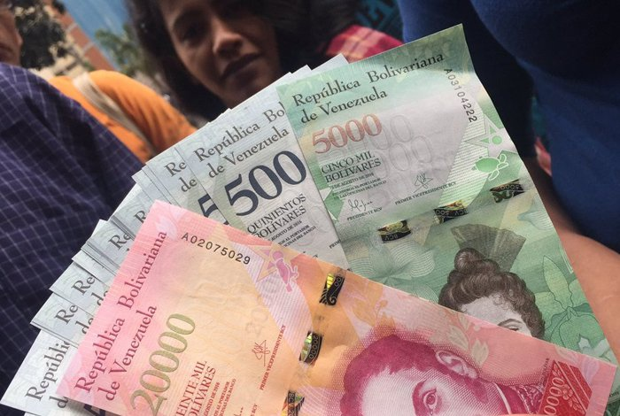 In Venezuela cash can be purchased paying commissions of 100 to 300 percent. (Archive)
