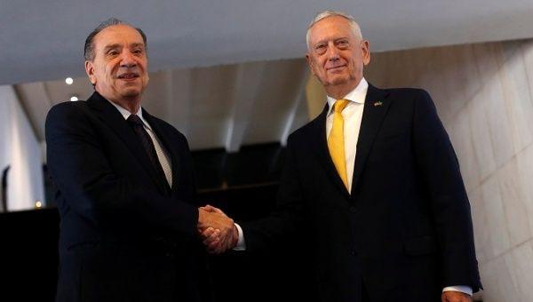 Brazilian Foreign Minister Nunes (l) with U.S. Secretary of Defense Mattis (r) in Brasilia. (Reuters)