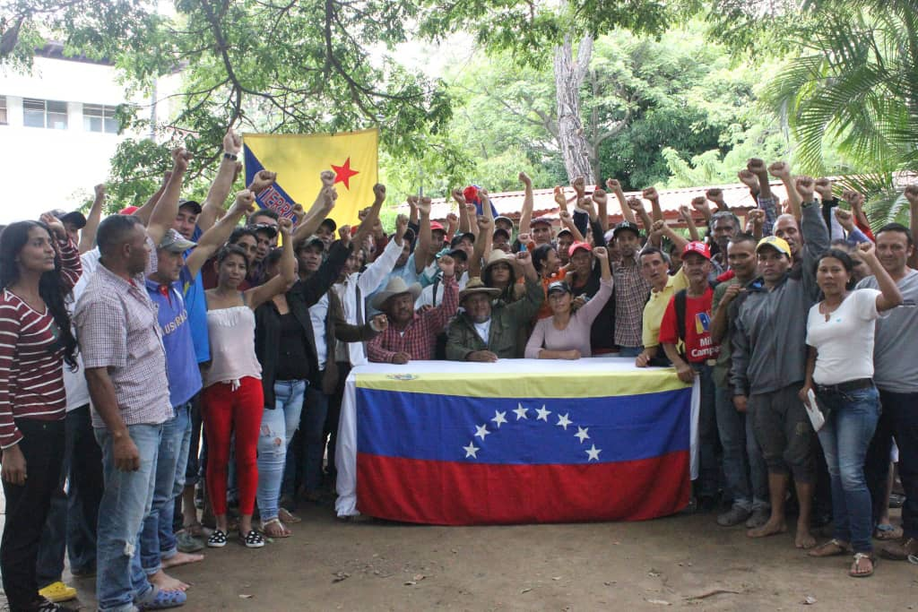 Campesino leaders held a press conference to report on their demands to Venezuelan authorities. (@Lucha_Campesina)