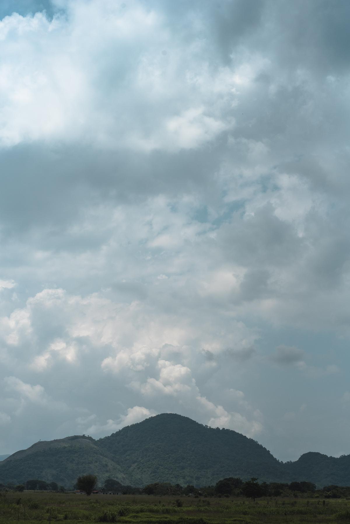 Cerro La Vieja is located in Lara State. (Marcelo Volpe)