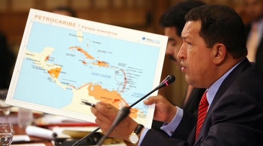 Chavez shows a map of Petrocaribe. (MinCI)