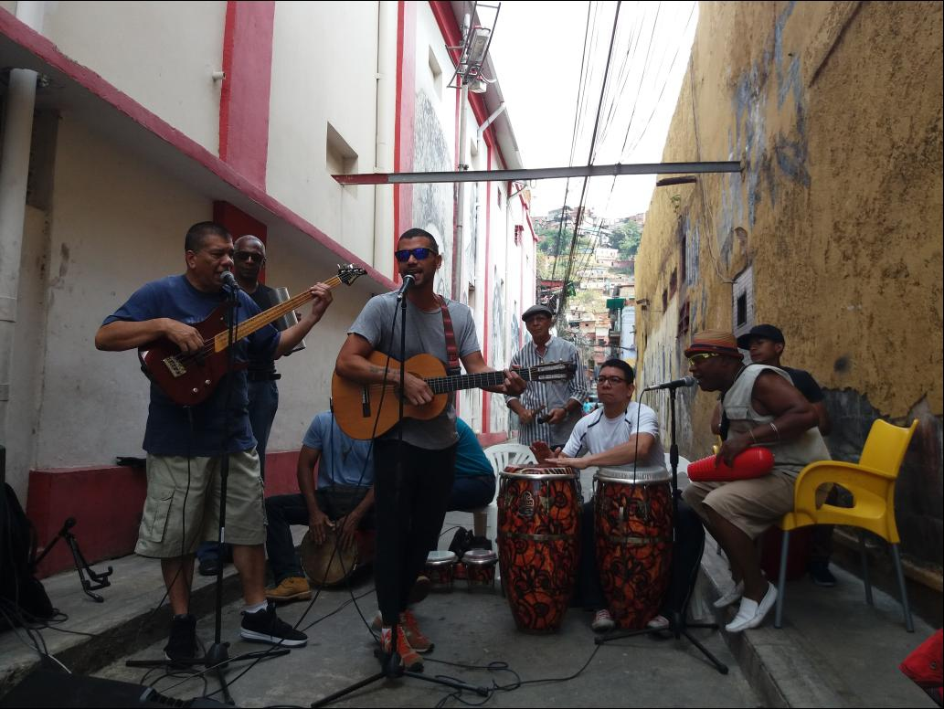 The Alameda Theatre has been hosting open air concerts with minimal production. Here José Alejandro Delgado sings alongside members from Grupo Madera. (Ricardo Vaz)
