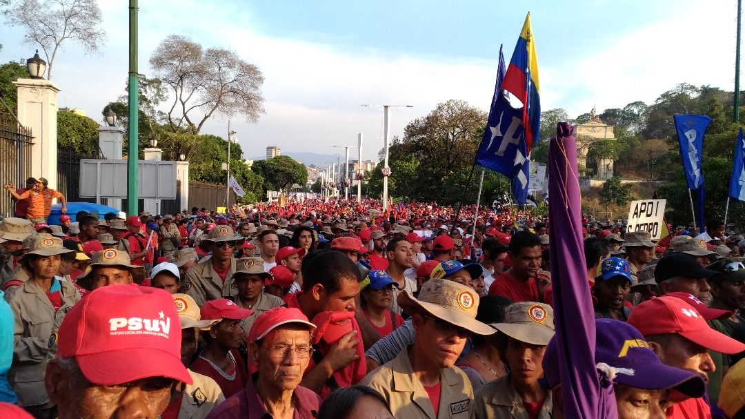 Crowds gathered in Miraflores Palace after a march on May 1st. (Katrina Kozarek)
