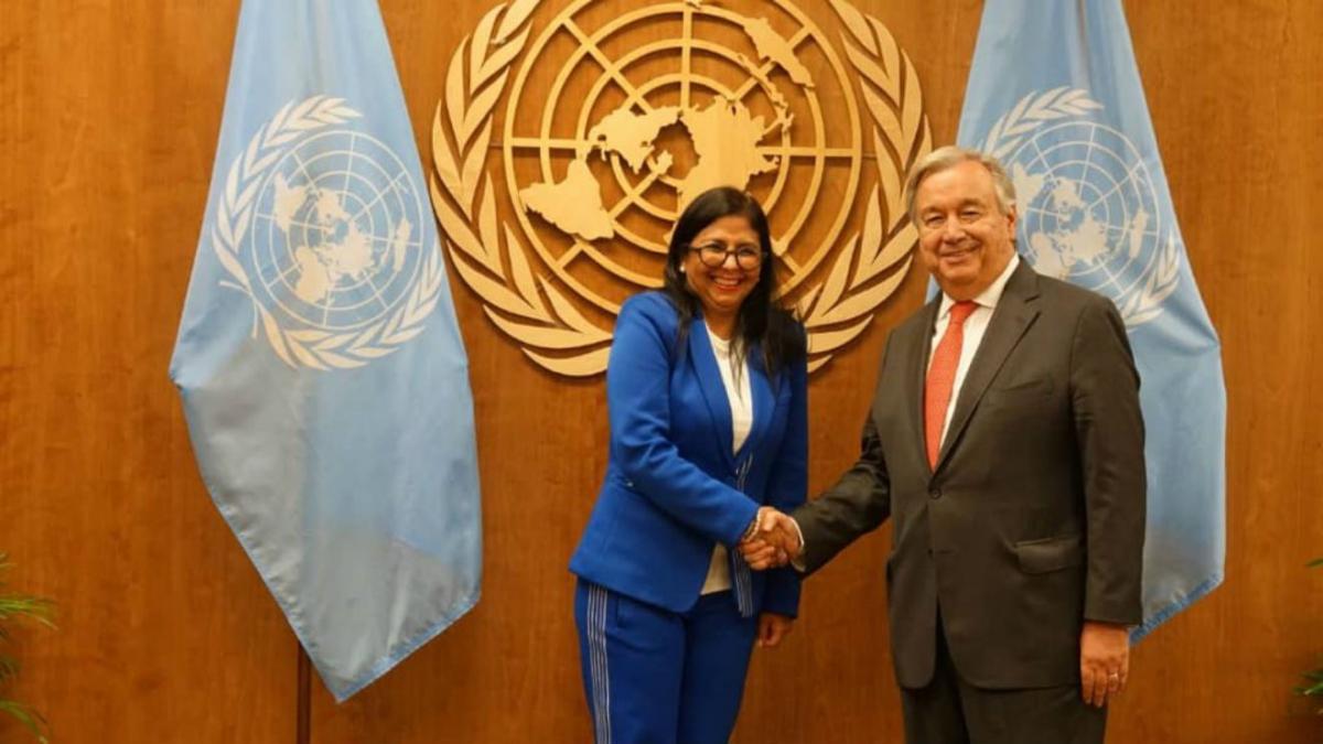 Venezuela's Vice President Delcy Rodríguez with U.N. Secretary General António Guterres. (Twitter)