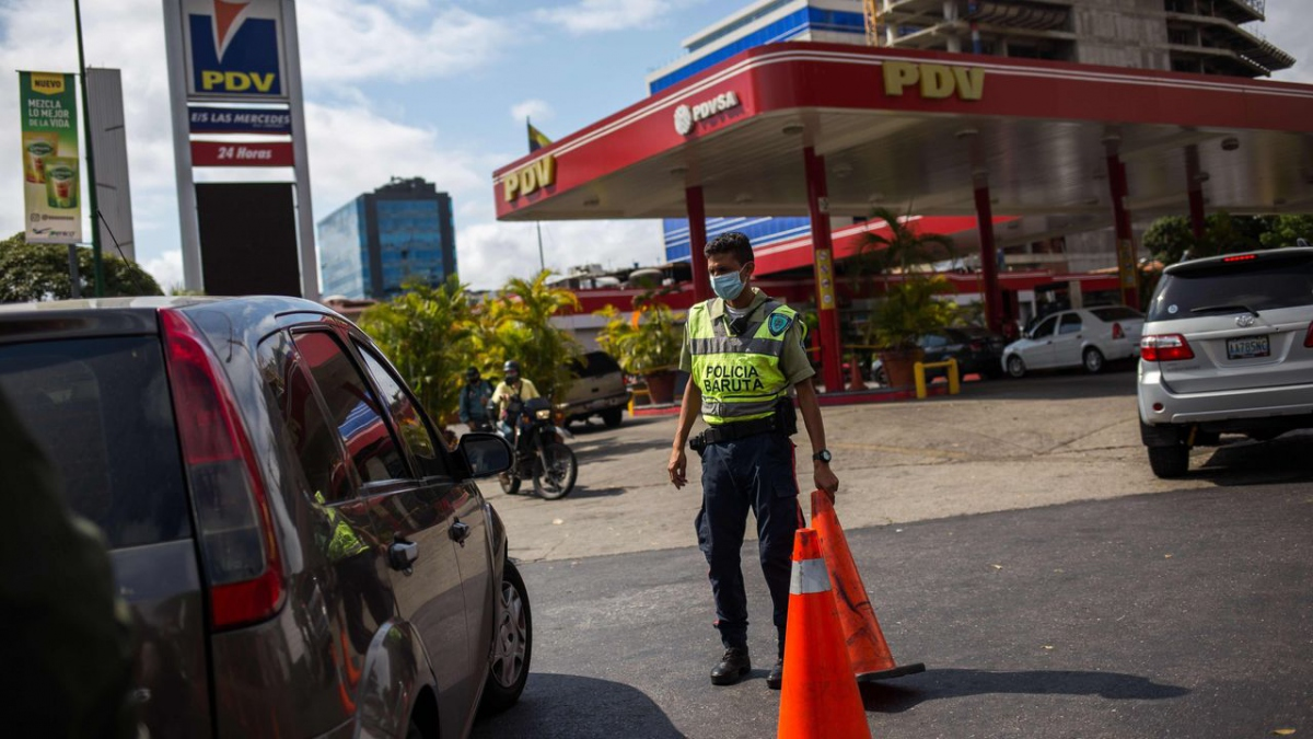Fuel shortages have forced the Maduro government to impose a rationing plan. (AFP)
