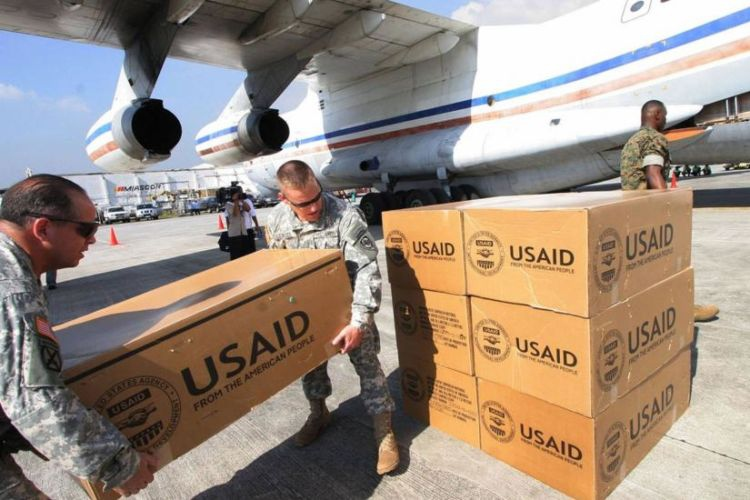 "The February 23 ""aid"" operation involved food supplies from the US government agency USAID (AFP)."