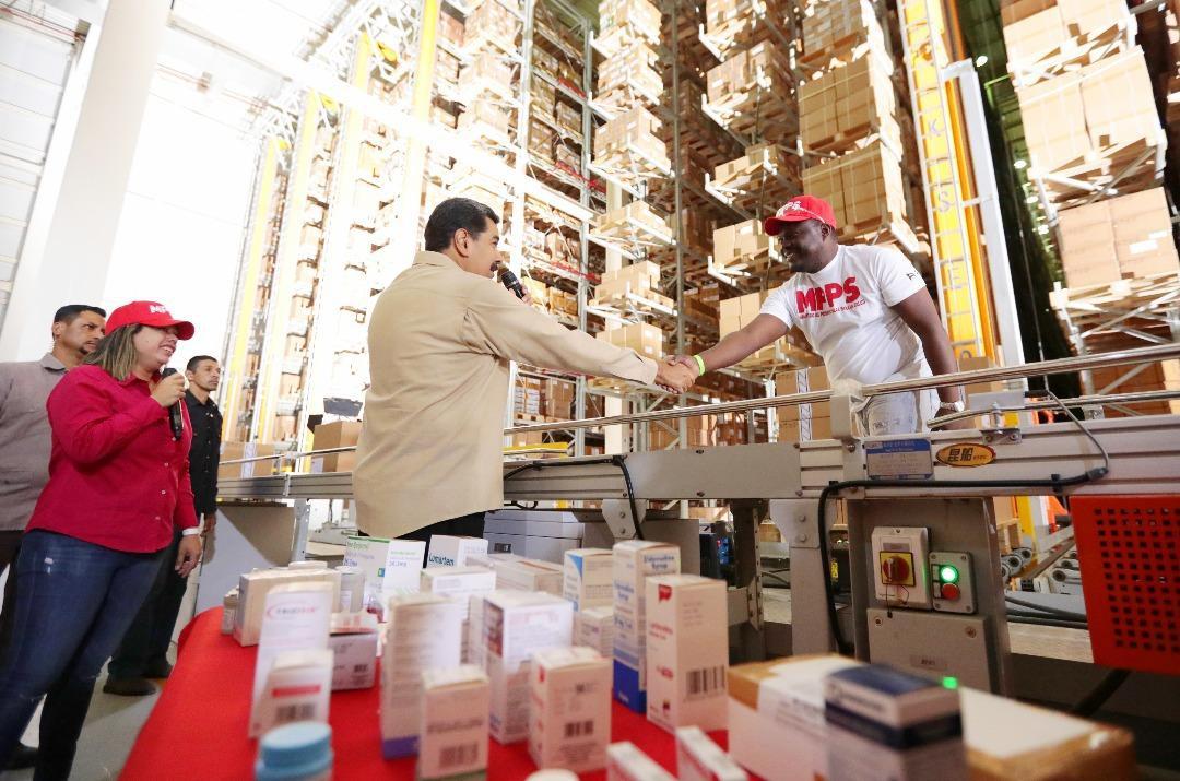 President Nicolas Maduro at the Jipana medical supply warehouse in Miranda State (@NicolasMaduro / Twitter)