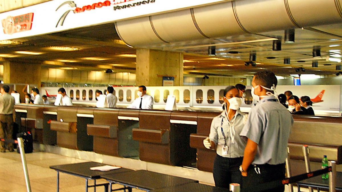 Venezuela's principal international airport in Caracas has applied preventative measures to stop an outbreak of Coronavirus in the country. (EL Universal)
