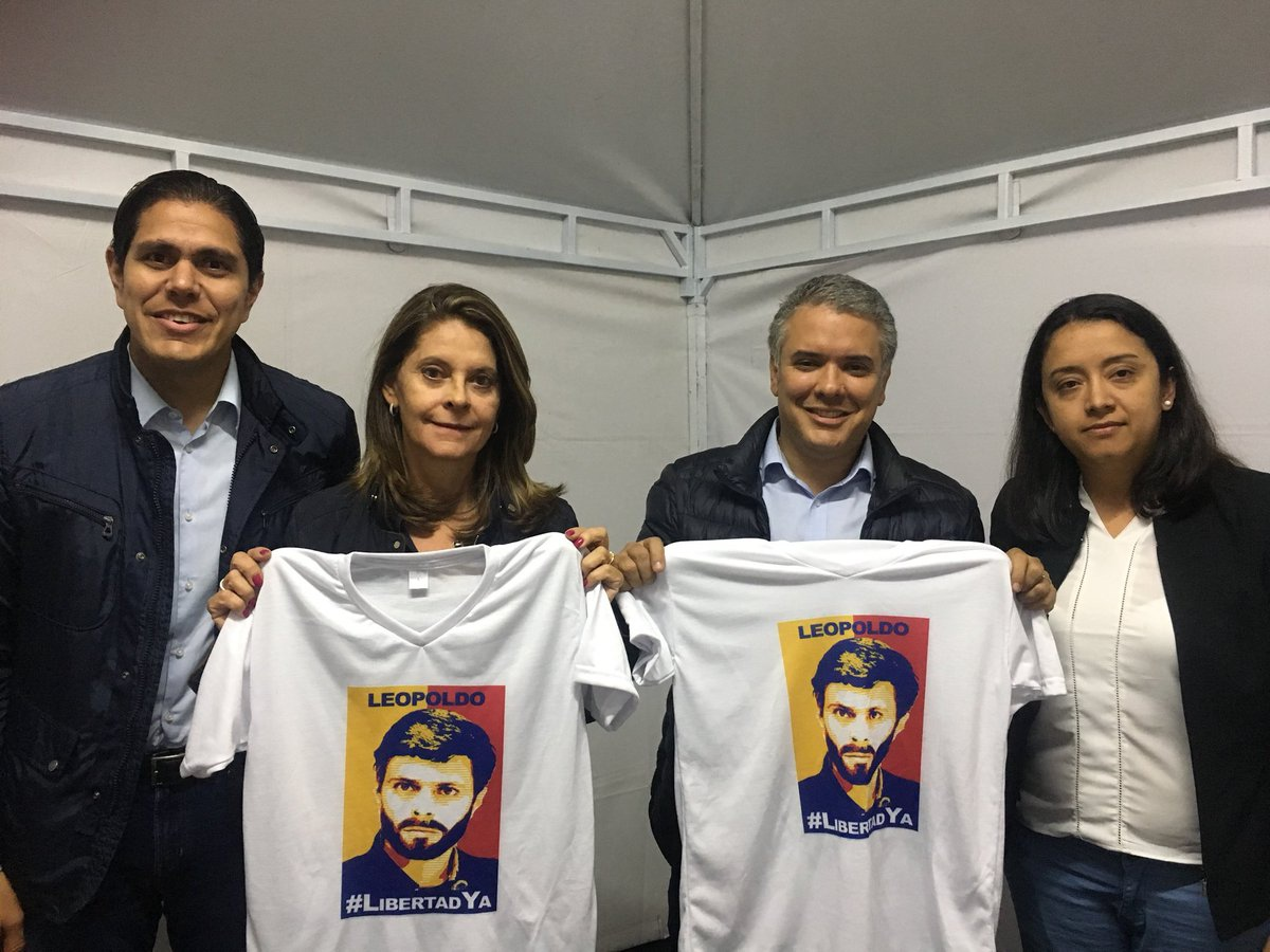 New Colombian President-elect Ivan Duque and Vice President-elect Marta Lucia  Ramirez appear with Venezuelan ultra-right deputy, Gaby Arrelano, holding T-shirts in support of Venezuelan imprisoned right-wing leader Leopoldo Lopez (@gabyarrelano / Twitter)