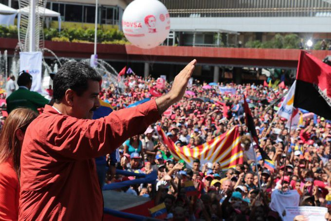 Maduro addressed his supporters in the Diego Ibarra Square in Caracas. (Presidential Press)