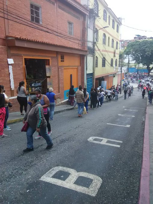 """The turnout for Sunday's electoral dry run """"exceeded expectations."""" (@MaykelLopez44 / Twitter)"""