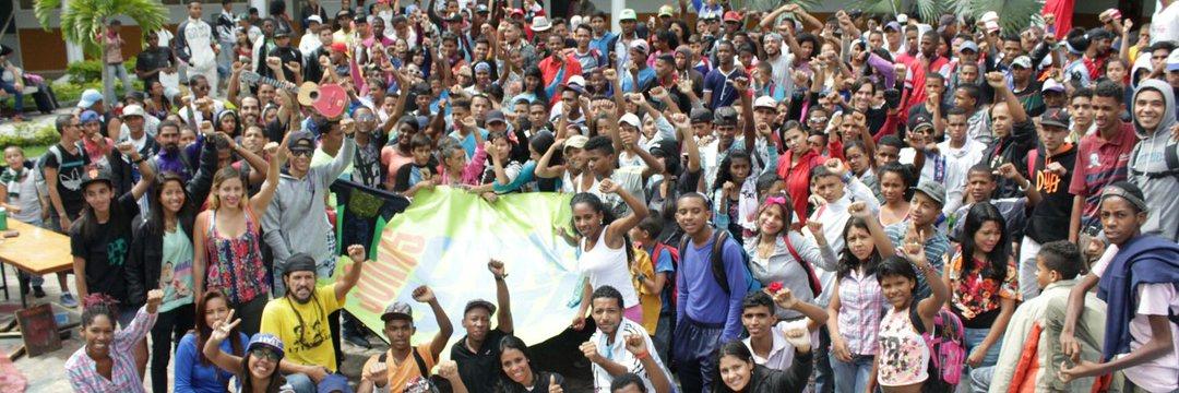 Otro Beta national meeting in 2014, involving more than 700 youths. (Otro Beta)