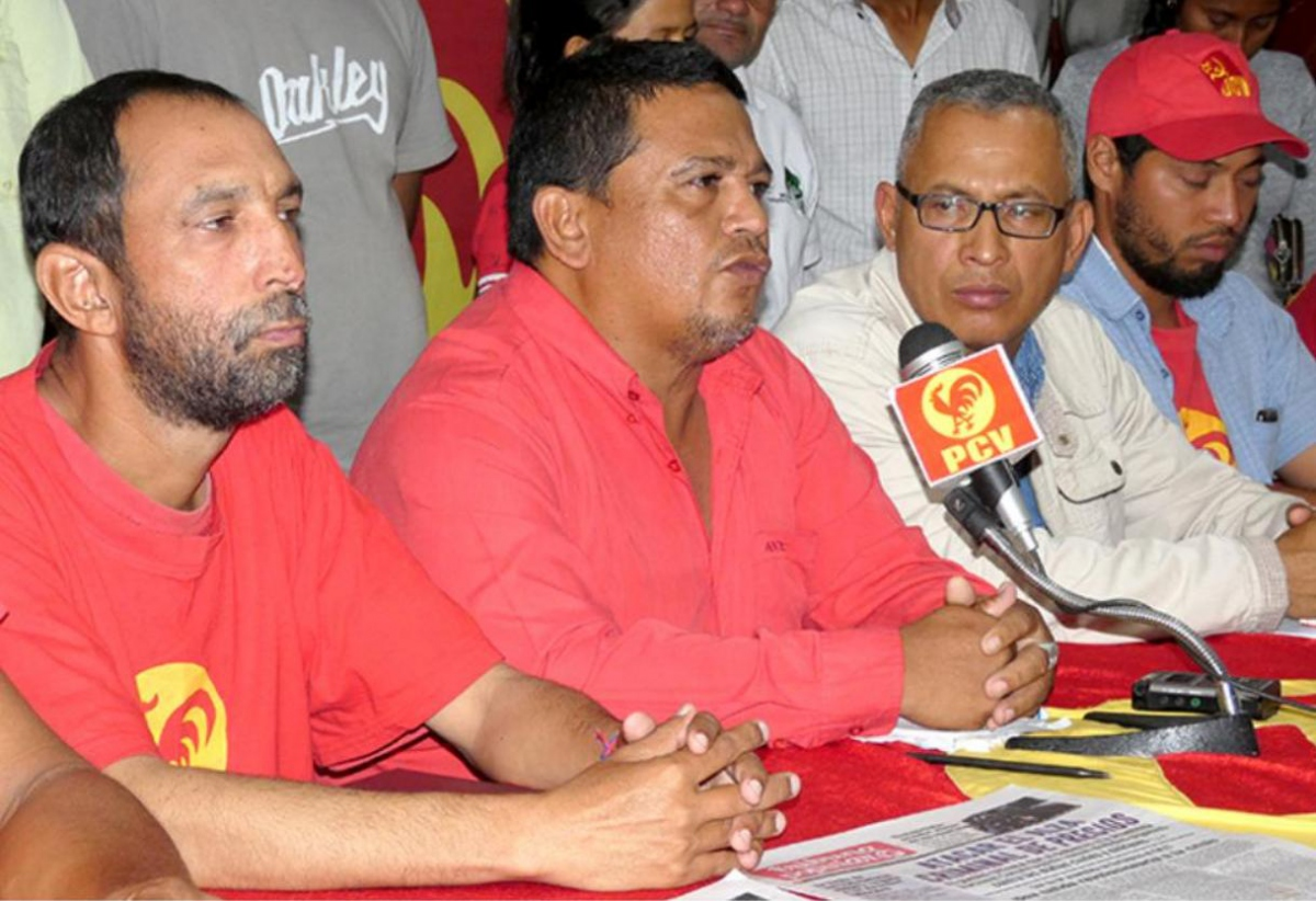 Campesino leader Luis Fajardo (center) and Javier Aldana from the PCV were murdered Wednesday in Sur del Lago. (PCV)