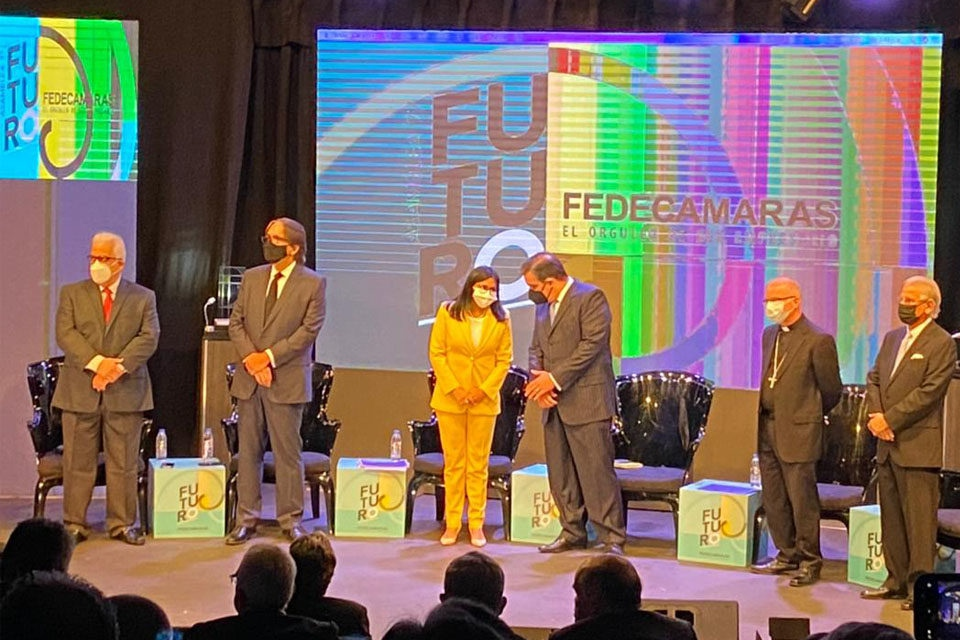 Vice President Delcy Rodríguez was a special invitee at the 77th Annual Assembly of the FEDECÁMARAS Chamber of Business and Commerce last week. (FEDECÁMARAS )