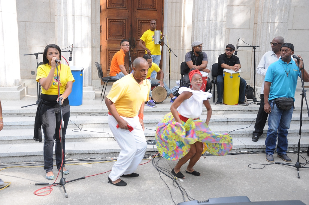 """The """"Route of the Drums"""" was also staged by Caracas Mayor Erika Farias, in which Afro-Venezuelan traditions of resistance were brought to life with music and demonstrations in the Cultural Garden of Caracas by  the legendary Grupo Madera. (IAEM Press)"""