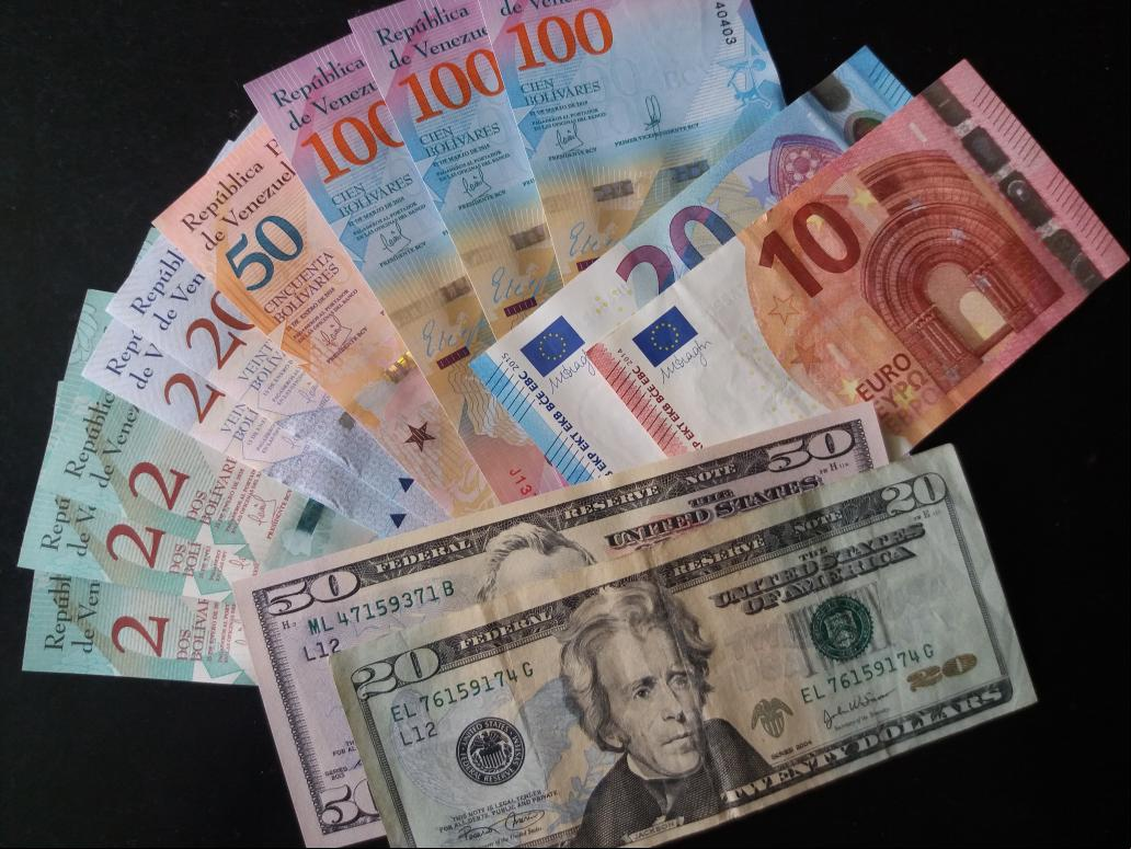 The Venezuelan Central Bank decreed the liberalization of foreign exchange controls. (Archive)