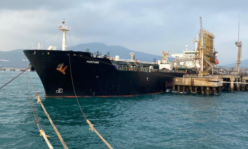 The Iranian fuel tanker Fortune docked in Puerto Cabello in May. (Anadolu)