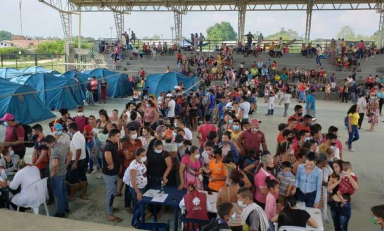 Thousands of Venezuelans have fled to the Colombian border town of Arauquita. (Blue Radio)