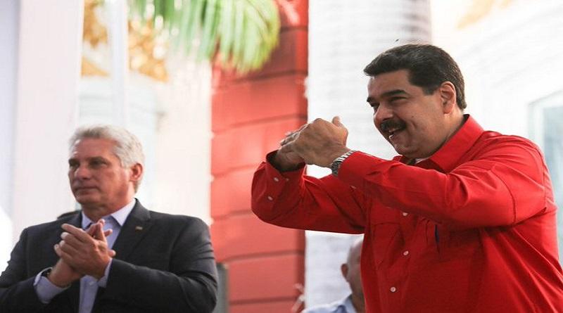 Venezuelan President Nicolas Maduro and his Cuban counterpart Miguel Diaz-Canel at the Forum. (VTV)