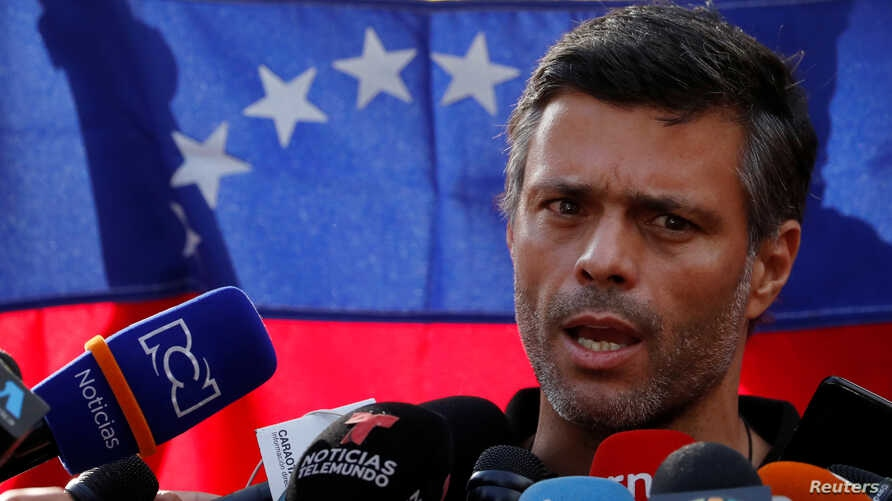Leopoldo Lopez addressing reporters when he entered the Spanish embassy last year. (Reuters)