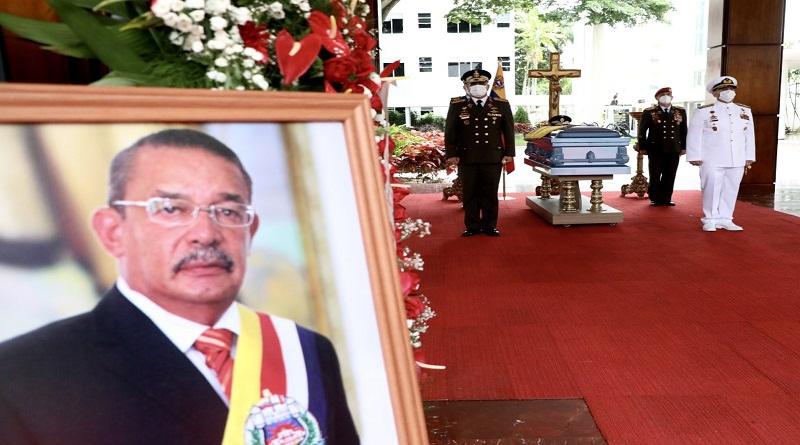 An open casket funeral was held for Garcia Carneiro. (VTV)
