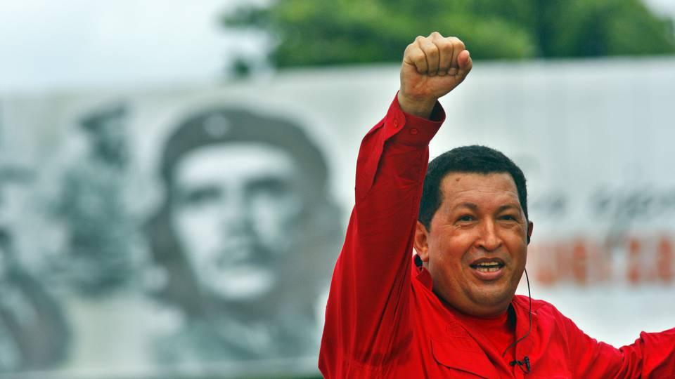 "Hugo Chávez is blamed by some for Venezuela's current ""depolarization"" or political ""disaffiliation."" (Sven Creutzmann / Getty Images)"