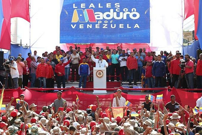 Maduro challenged the opposition to early parliamentary elections. (Presidential Press)