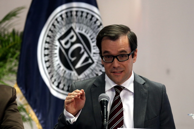 Venezuela's Central Bank Director Perdro Maldonado gives details of the new forex system during a press conference last week. (EFE)
