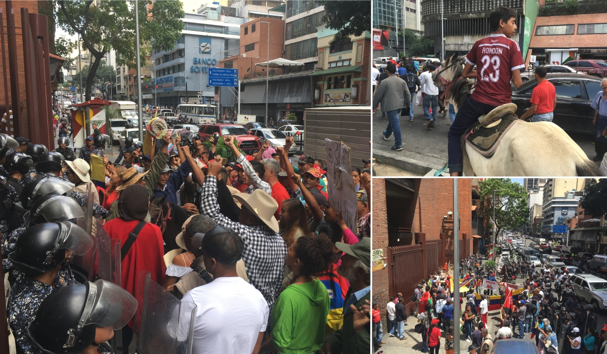 Campesinos held a demonstration at the Agriculture Ministry on July 11 and brought the cavalry! (Ricardo Vaz)