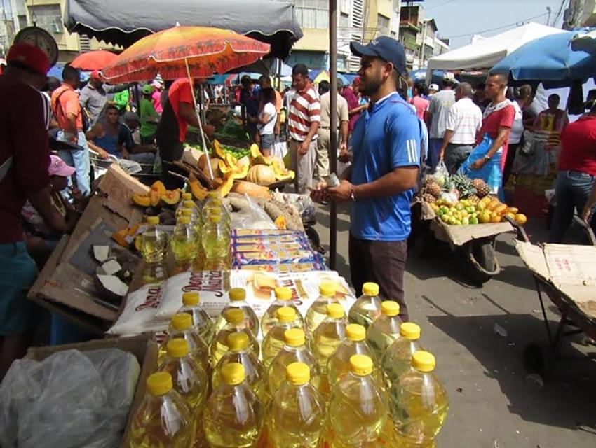 Steet vendors in Venezuela. (El Tiempo)