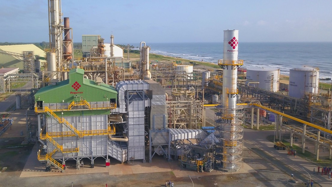 Colombia-based Monómeros is Venezuela's second most important asset abroad. The fertilizer producer was likewise handed to Guaidó in 2019 and is reportedly in bankruptcy. Its seizure has meant a $500 million yearly loss in revenues for Venezuela. (Twitter / @PequivenCPHC)