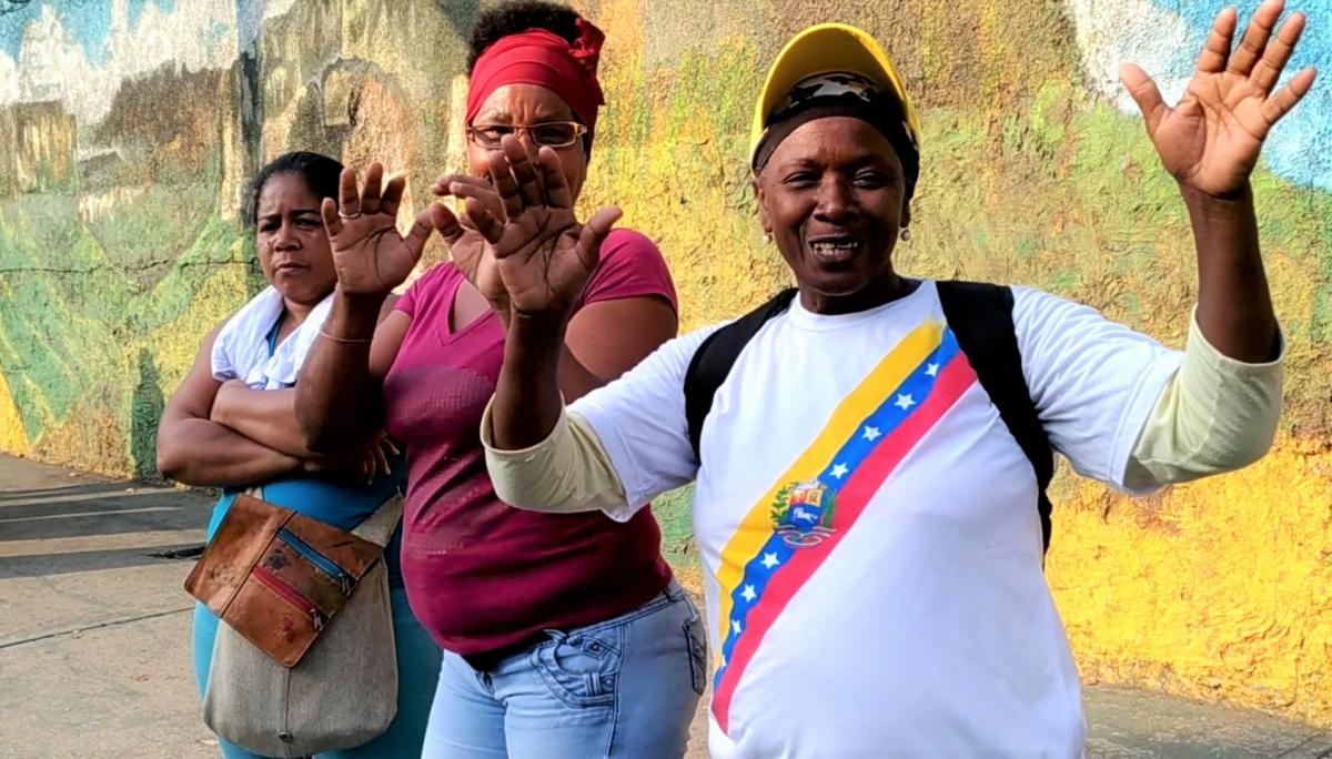 The majority of the Chavista march was made up by darker skinned citizens. (Katrina Kozarek)