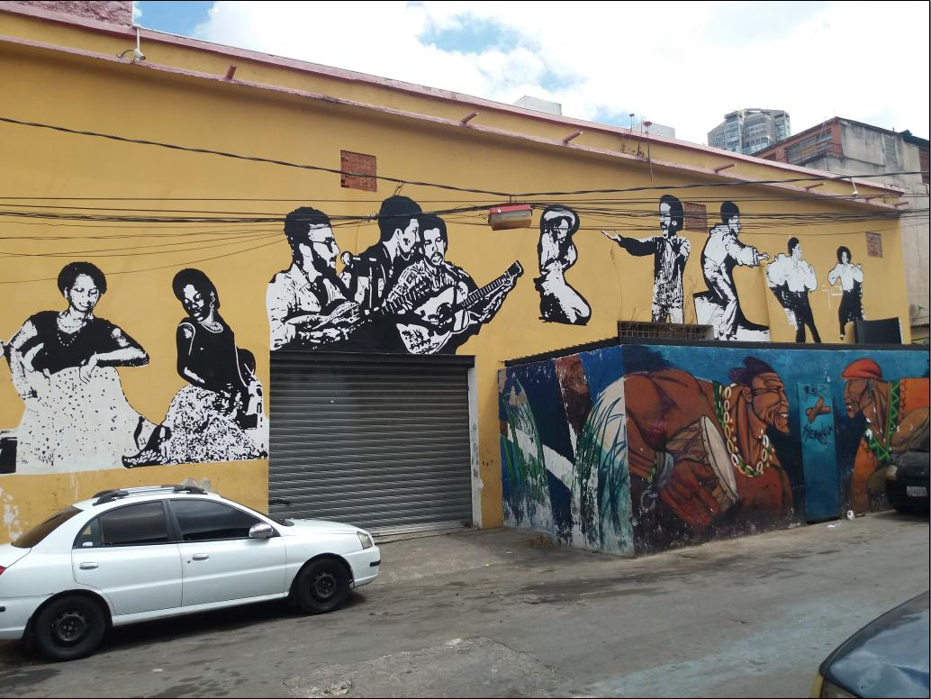 Mural dedicated to Grupo Madera behind the Alameda Theatre. (Ricardo Vaz)