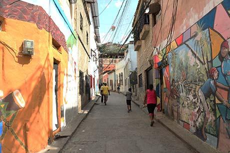 Murals in San Agustin