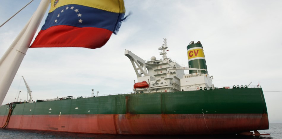 US sanctions have forced buyers to cease dealings with Venezuela's PDVSA. (ACN)
