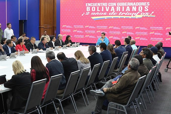 Maduro announced a series of social spending initiatives to be handled by the regional governments. (Presidential Press)