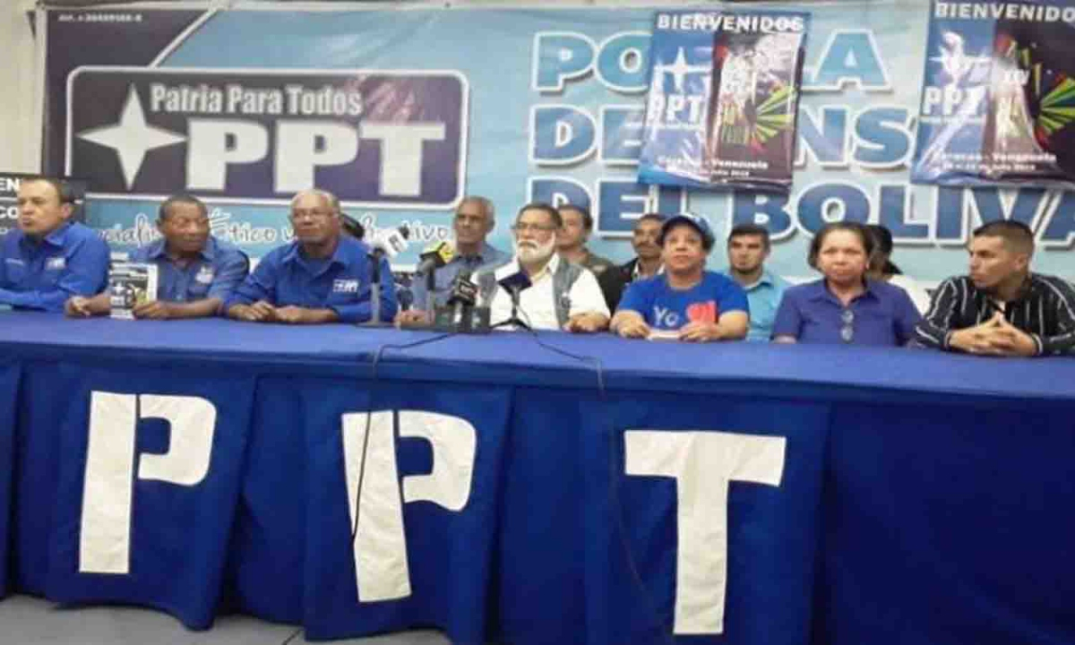 PPT General Secretary Rafael Uzcategui (center) has been ousted as party leader and will be replaced by Ilenia Medina (second from the right) following a Supreme Court ruling. (La Verdad)